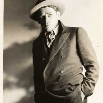photo Paul Muni 1925 Kunst T Box93.jpg